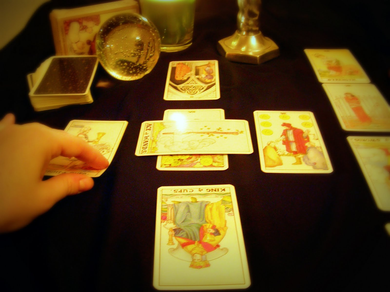Free-tarot-and-clairvoyance-consultations